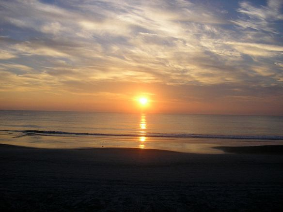 800px-Sunrise-Daytona-Beach-FL
